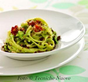 Bavette-con-salsa-di-avocado-e-pomodori-secchi-518