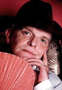 220px-Truman_Capote_by_Jack_Mitchell